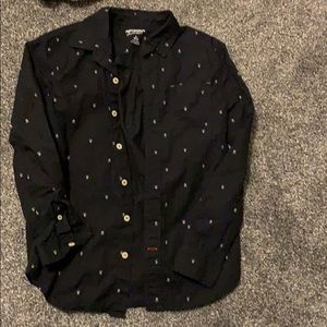 MAKE OFFERS! Cool Skull print button down